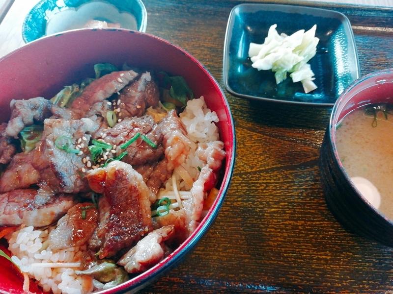 こだわりっぱの掛川牛100%ステーキ丼