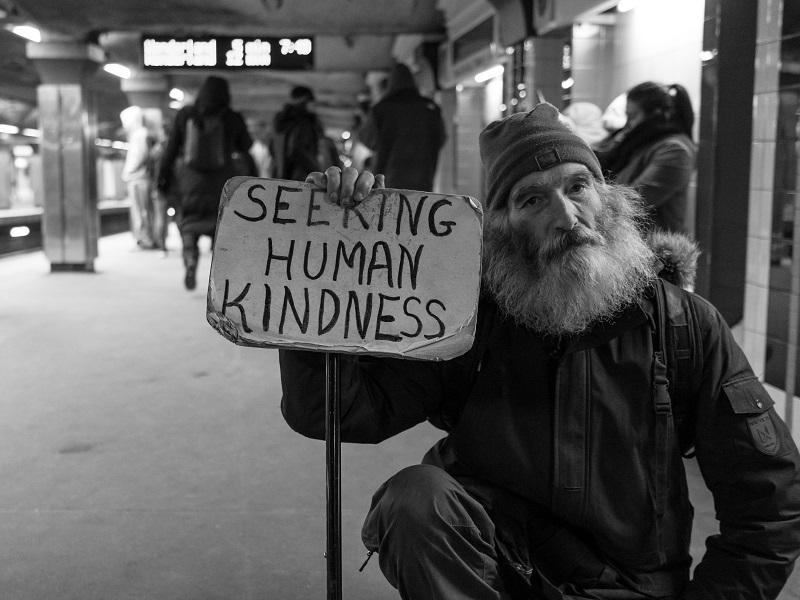 お金の無いホームレス