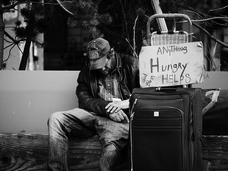 ホームレスへの支援