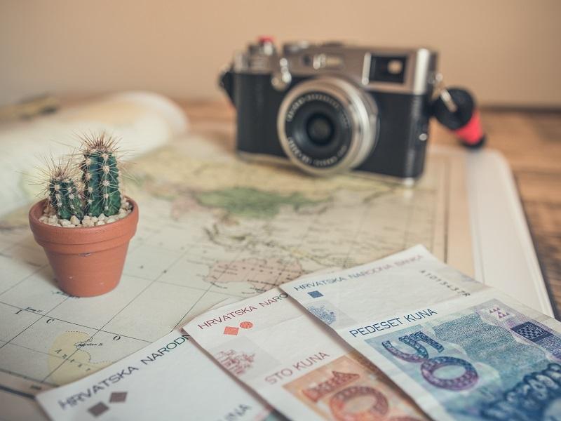 海外に住む人の税金支払義務