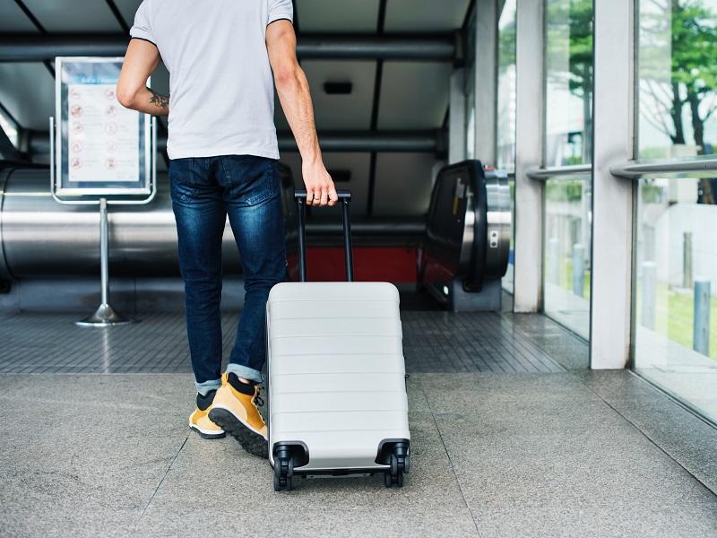海外旅行でのスーツケース