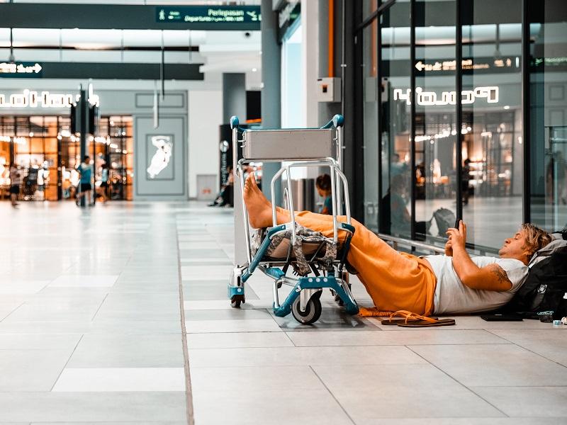 国内29空港(44ラウンジ)、仁川国際空港(韓国・ソウル)、ダニエル・K・イノウエ国際空港(ハワイ)のラウンジが年間2回まで利用料金無料