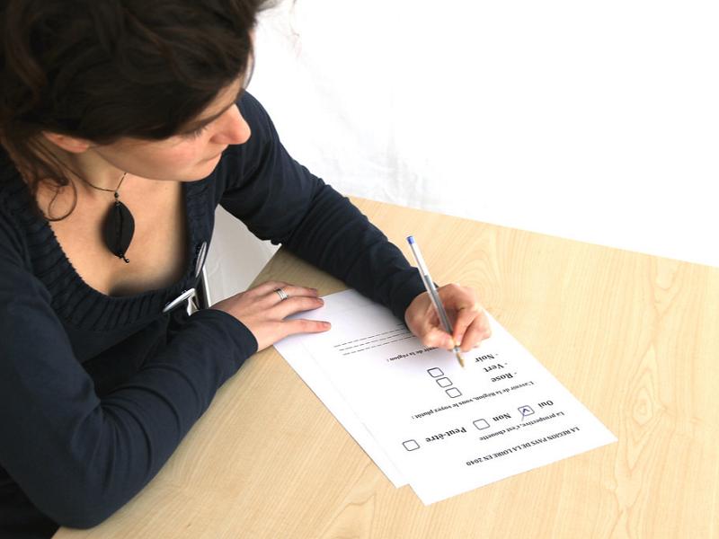 日雇い登録のための書類記入