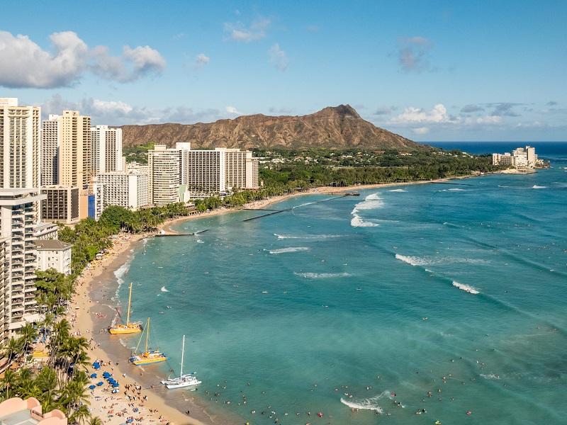 永遠の旅行者:ハワイ、熱海