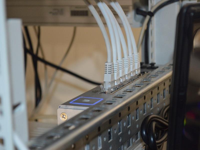 ソフトバンクのオプション「無線LAN(N)」 と「ホームゲートウェイ(N)」は解約できるのか?