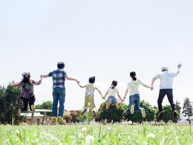 健康で幸せな家族