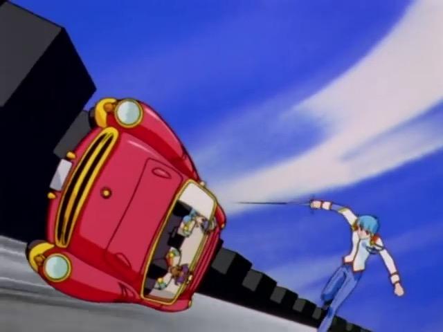 車が横走り
