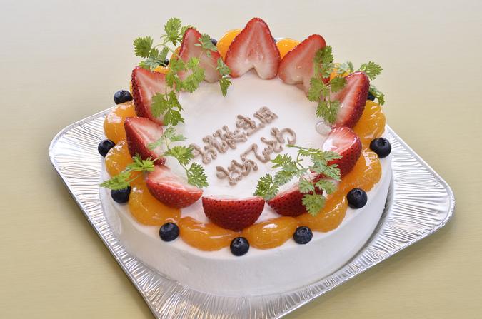 クリスマス生クリームデコレーションケーキ