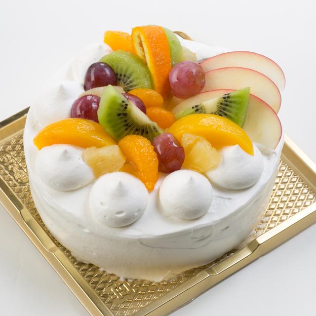 バースデイケーキ 生クリーム6
