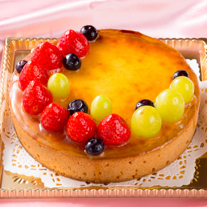 ベイクドチーズケーキのフルーツ添え