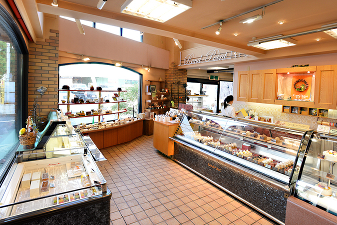 BOULANGER PATISSIER Rond-Point(ロン・ポワン)