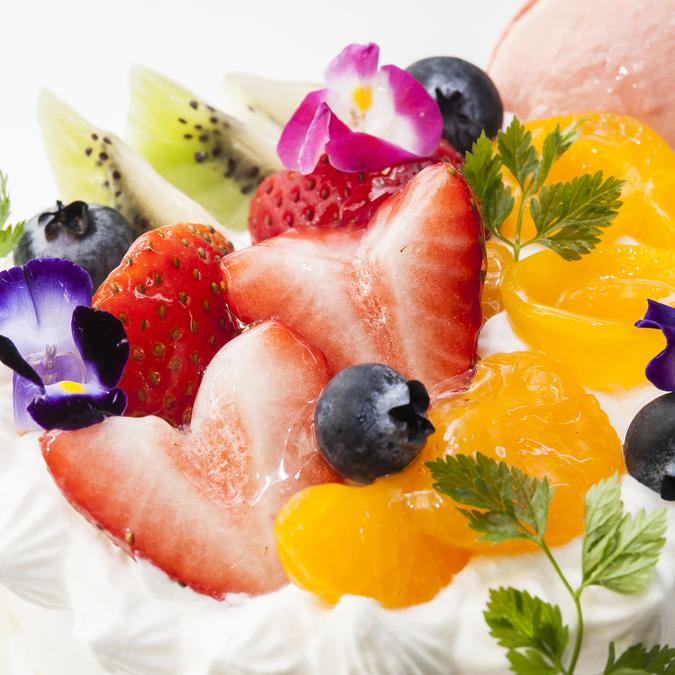 ≪スイーツガイド限定≫特製生クリームデコレーションケーキ