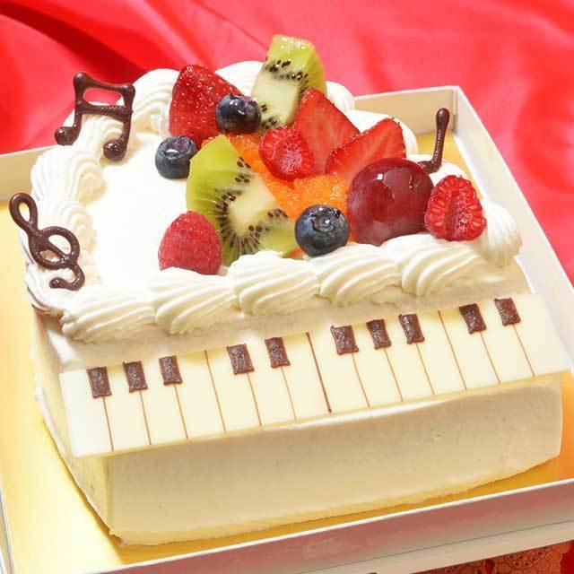 ピアノのデコレーション