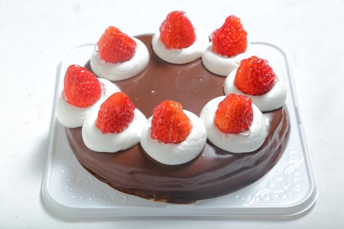 アレルギー対応ケーキ(チョコタイプ)3
