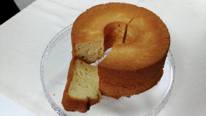 シフォンケーキ プレーン(生クリーム付き)17cm5