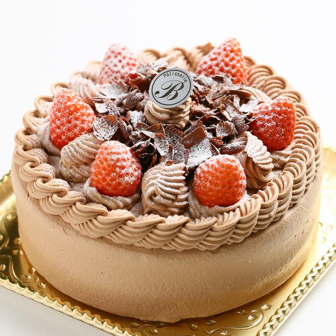 チョコ生デコレーションケーキ