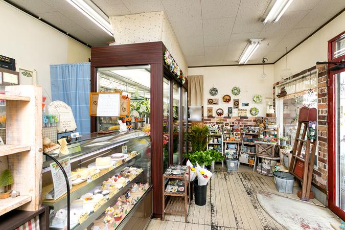 花とケーキの店 サフラン&フラワーカントリー