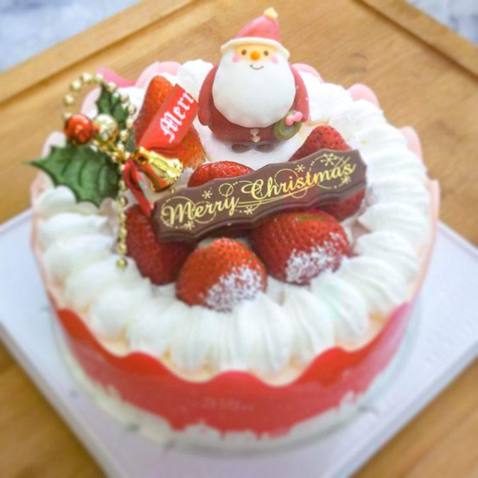 国産苺の純生クリスマスケーキ