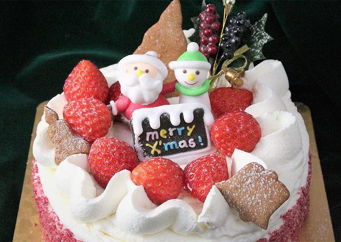 メレンゲ飾りショートケーキ