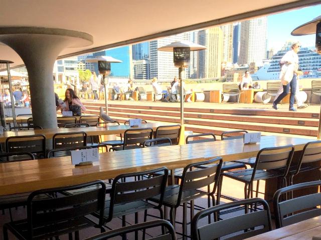 オーストラリア シドニーのオペラキッチン お昼はカモメと一緒にランチ