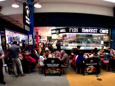 オーストラリア シドニー フィッシュ・マーケット内のフィッシュ・マーケット・カフェ