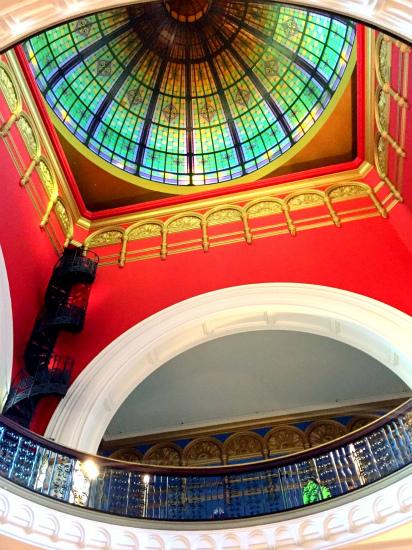 QVB クイーン・ビクトリア・ビルディング The Queen Victoria Building 中央の大ドーム型の吹き抜け天井