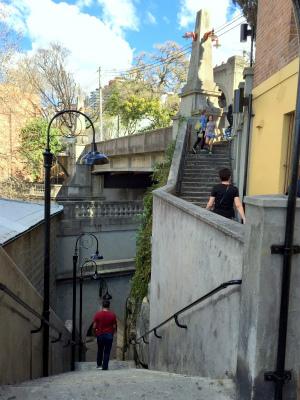 オーストラリア シドニー パイロンルック・アウト アーガイル・ステアー(階段)でカンバーランド・ストリートへ出る