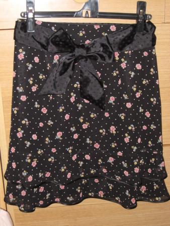 ペイトンプレイス 黒スカート