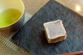 [茶][菓子]うおがし銘茶「茶・銀座」2階、徳太樓「きんつば」