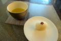 [茶][菓子]うおがし銘茶「茶・銀座」2階、銀座甘楽「紅白道明寺」の白