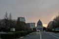 [散歩]国会議事堂、桜は少し離れたところに