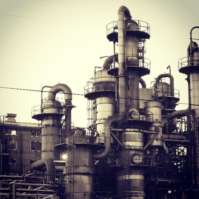 川崎工場夜景のセピア写真