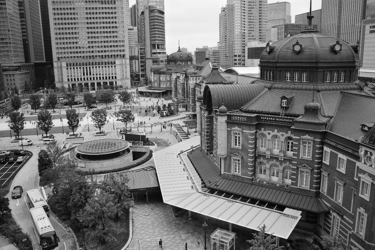 KITTEから撮影した東京駅の写真。