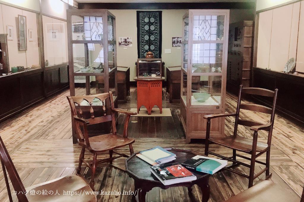 美術館の2階は吉田氏が海外から持ち帰ったコレクションが並ぶ