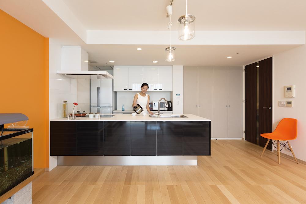 大型のキッチン