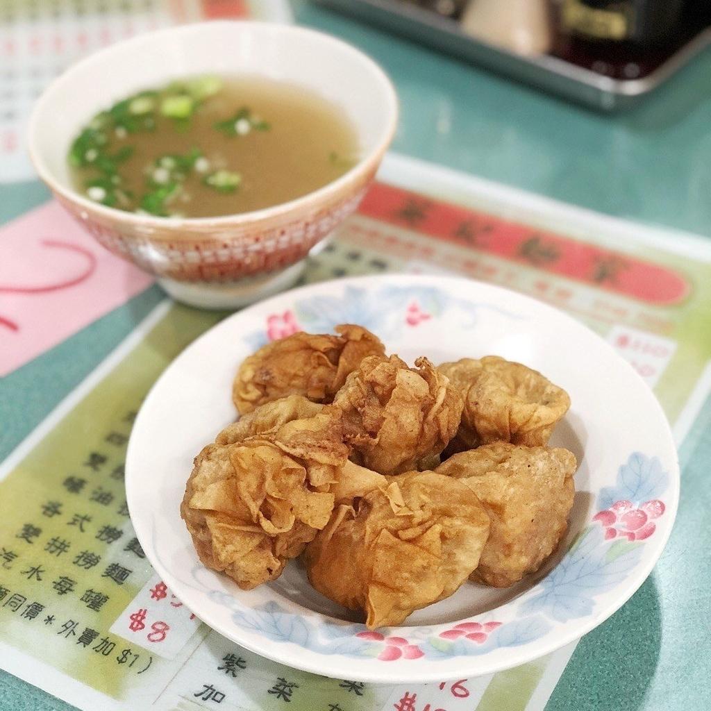 香港ミシュランワンタン麺のお店の英記麵家の写真