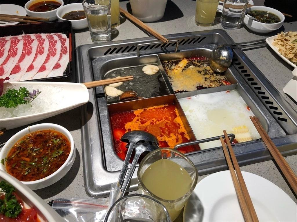 香港24時間営業のお店海底撈火鍋の写真