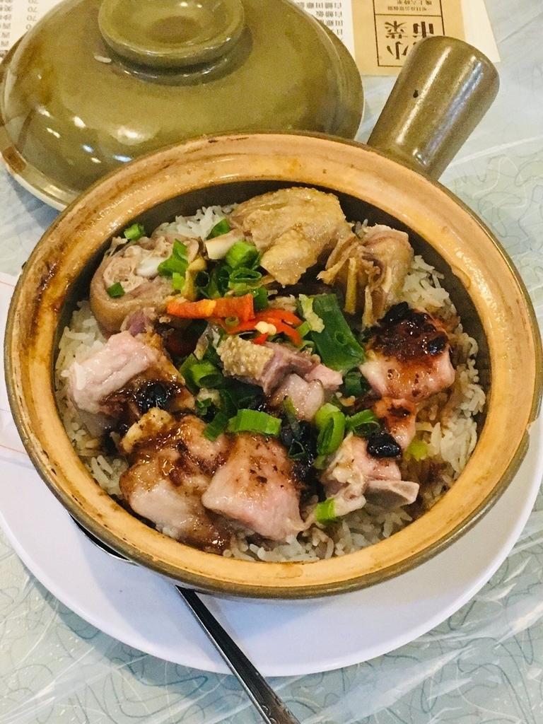 香港土鍋ご飯人気店坤記煲仔小菜の写真