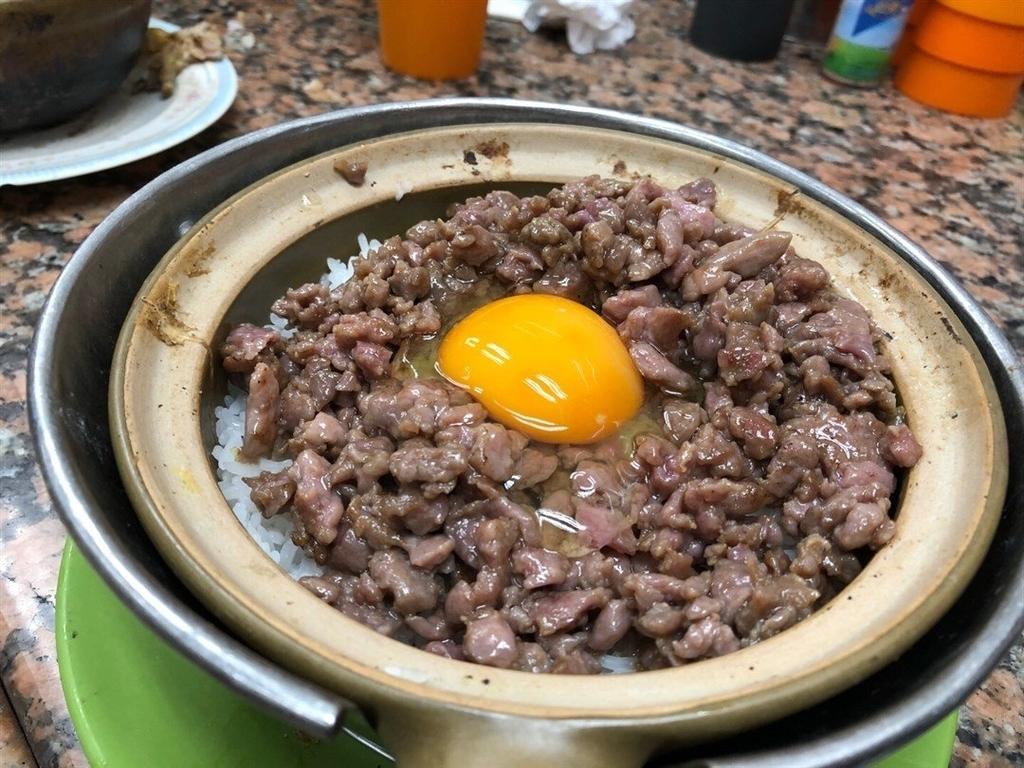 香港土鍋ご飯人気店永合成馳名煲仔飯の写真