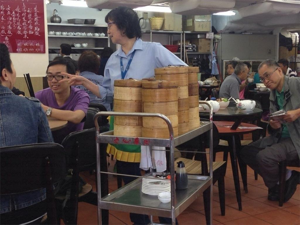 香港飲茶ワゴン式の写真