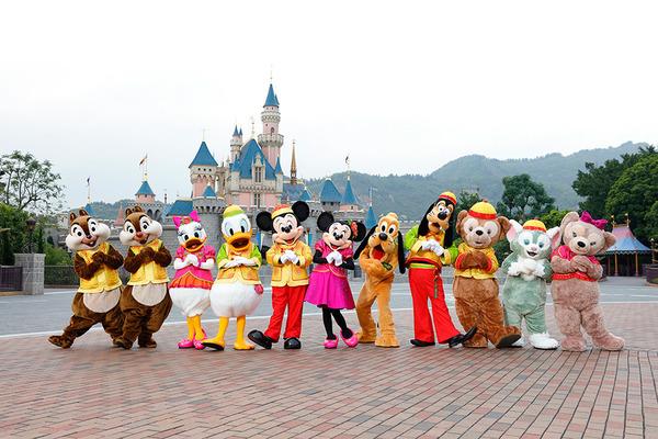 香港旧正月イベント香港ディズニーの衣装の写真