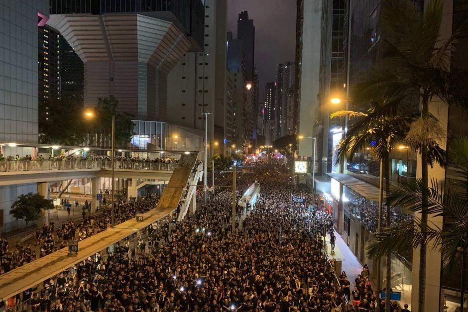 香港は危険?デモ遭遇に備えて香港旅行の前に読んでおこう!