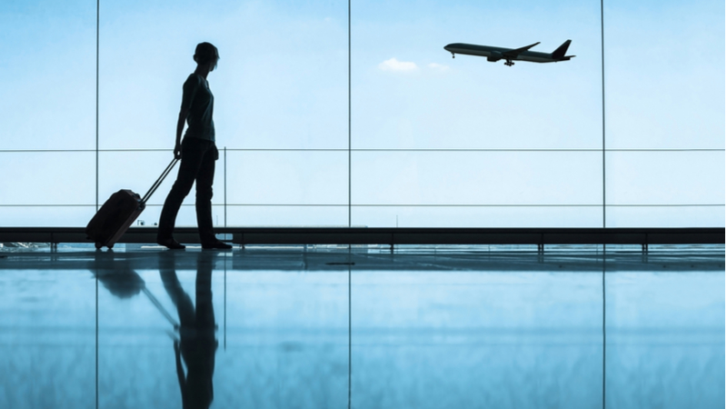 8/24(日)香港国際空港への交通機関が麻痺する?