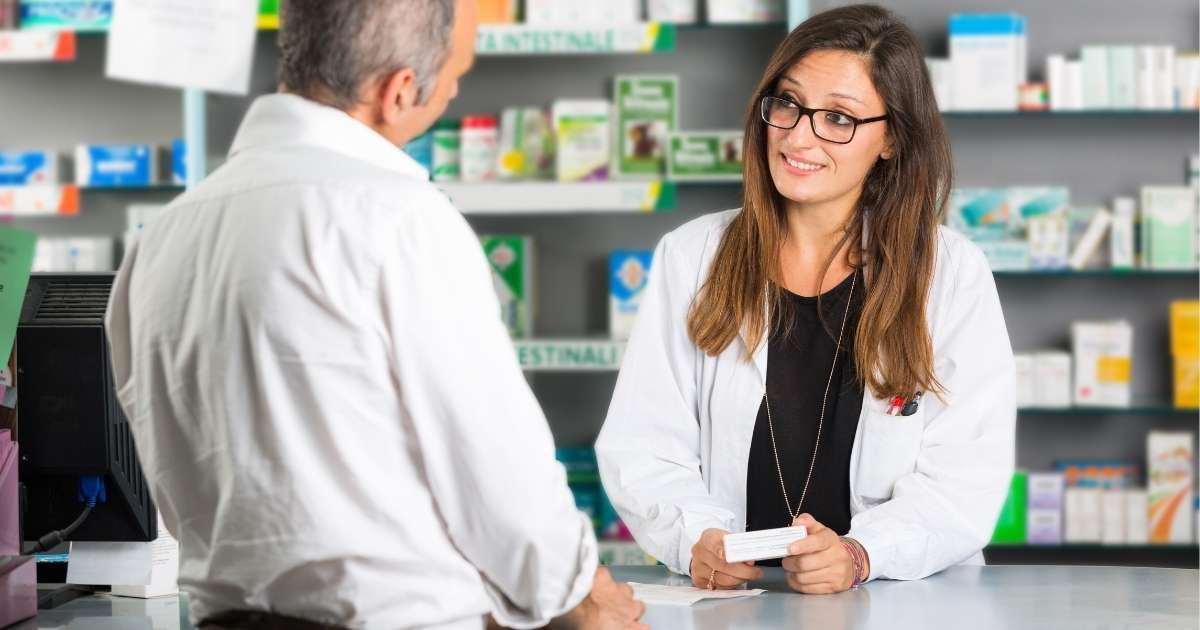 【簡単】薬剤師が英語で服薬指導ができるために役立つ方法2つ