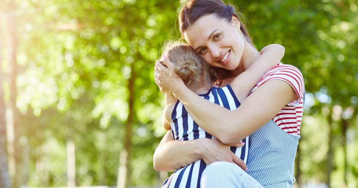 薬剤師でもテレワークの求人がある!仕事を辞めずに子育てと両立する新しい働き方