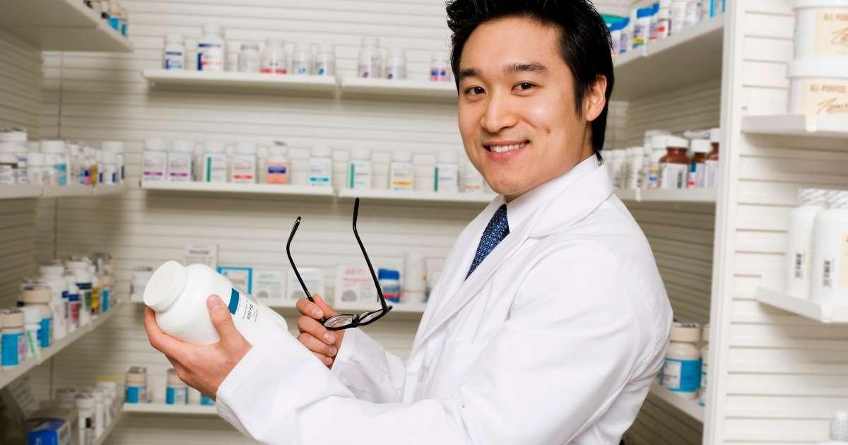 薬剤師が独立開業で年収1000万円を目指す
