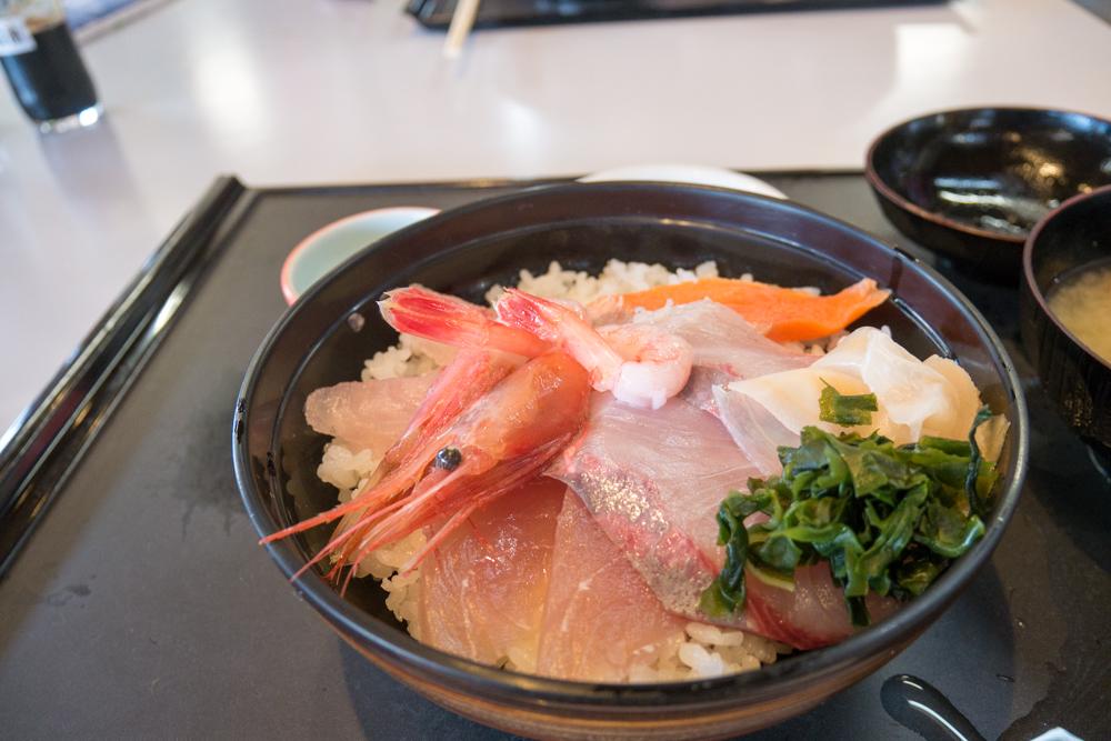 道の駅とぎ海街道「海鮮丼」