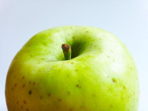 青りんご・皮ごと食べる