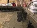 隅・立ち上がりの防水施工の様子