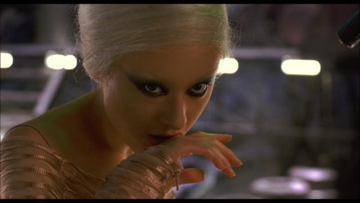 妖怪大戦争(2005)」がエロすぎてけしからん。 - だれかが松葉杖で扉を ...